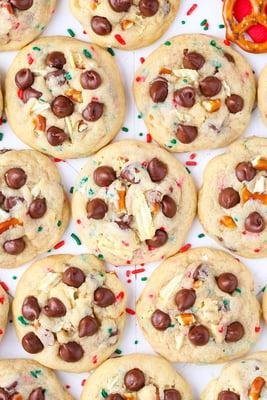 gallery-1480629482-santa-snack-attack-cookies2-lr006b